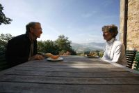 Couple enjoys an Umbrian Villa for a week.