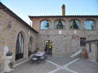 Villa Alfresco Dining